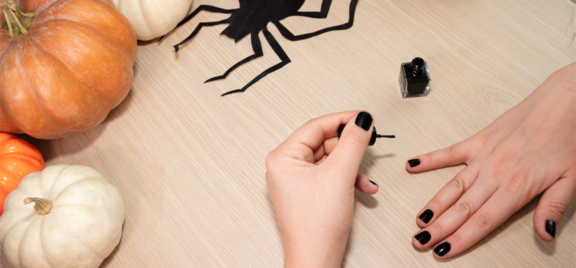 rock your nails this halloween